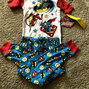 🌹🌹FINAL$🌹NWT🌹LITTLE BOYS BAT/SUPERMAN PJ'S🌹🌹